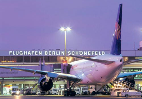 how to get from berlin hbf to schoenefeld airport
